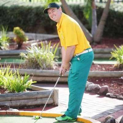 Prize Money and Hole In Ones With International Putt Putt Champion Allan Cox