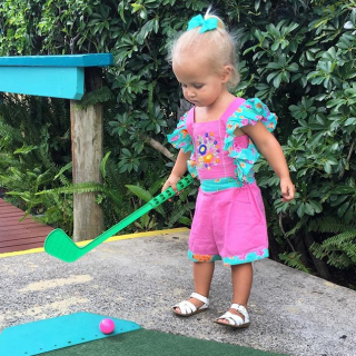 Proof That Putt Putt Is The Perfect Outing For All Ages