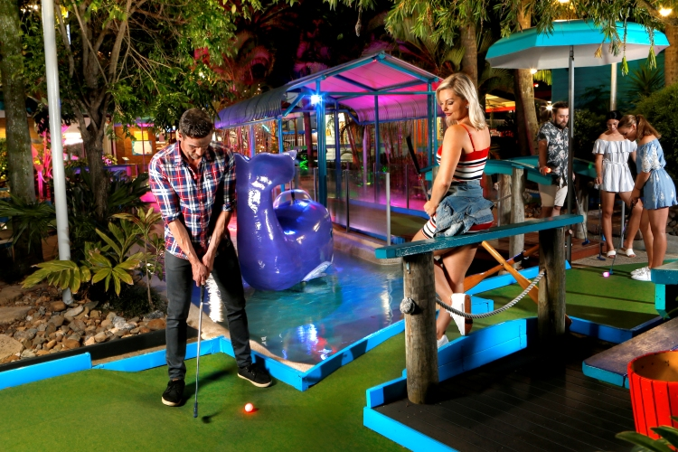 Twilight Mini Golf